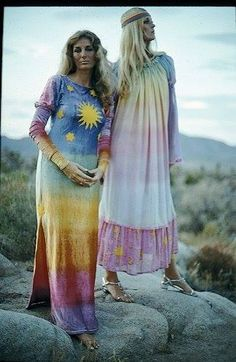 Hippie Dresses by Chariot 60s And 70s Fashion, Seventies Fashion, Diy Fashion, Vintage Fashion, Hippie Fashion, Vintage Hippie, Vintage Style, Hippie Style, 70s Style