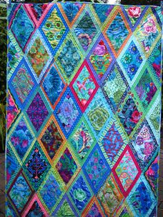 If you have been reading my blog for a while you will remember that last year I was lucky enough to do a class with Kaffe Fassett and Brando...