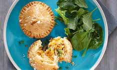 Make a dozen of these chicken, cheddar cheese and apple stuffed hand pies. We promise its delicious.