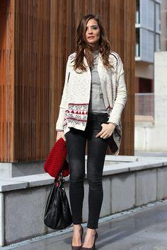 knitted ethnic cardi | Lady Addict en stylelovely.com