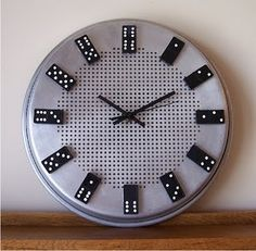 Domino pieces clock and a lot of other '2nd Life' ideas...