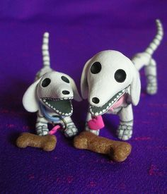 Dia de los muertos doxies. Not greyhounds, but I have a soft spot for doxies too!