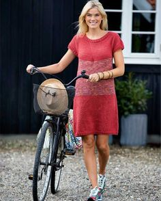 Strik selv: Hendes Verdens sommerkjole - nu også i str. Summer Knitting, Knit Picks, Knitting Designs, Knit Dress, Knit Crochet, Summer Dresses, Clothes For Women, Patterns, Fashion