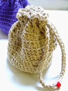 Crochet Medicine Bag Pattern : 1000+ images about #3=GRANNY BAGS= CELL= MEDICINE BAGS==SM ...