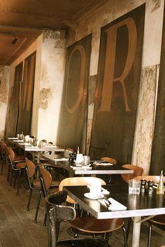 Italian restaurant 'Grazie' in Paris