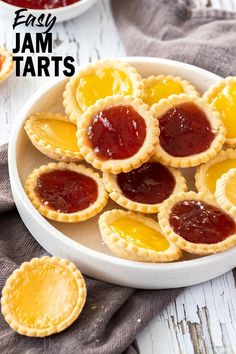 Easy Jam Tarts Easy Jam Tarts Who doesn't love homemade Jam Tarts? With a buttery base and a thick filling of jam or curd, these are a perfect lunch box or afternoon tea treat. This easy jam tarts recipe is quick to whip and delicious to eat. Jam Tarts, Tea Sandwiches, Cookie Recipes, Dessert Recipes, Recipe Treats, Afternoon Tea Recipes, Dessert Aux Fruits, Filled Cookies, Galette