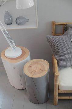 Idée de table de chevet ou tabouret à réaliser avec des buches en bois - Des idées