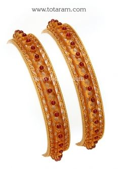 Buy Gold Bangles in 22K - Set of 2 (1 Pair) (Temple Jewellery) - GBL1107 with a list price of $2,003.99 - 22K Indian Gold Jewelry from Totaram Jewelers