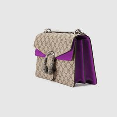 Gucci Leather belt with Double G buckle Best Handbags, Gucci Handbags, Purses And Handbags, Gucci Bags, Louis Vuitton Handbags 2017, Wide Leather Belt, Chanel Wallet, Canvas Handbags, Purple Bags