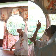 #installation 円窓 w/ #performance by Katarina Skår Henriksen #ar7zwork #kimono #kyoto #scenicart #window