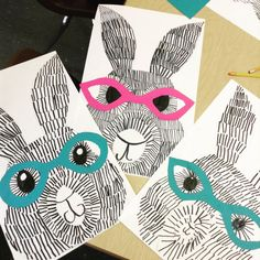 Fourth grade texture Class Art Projects, Spring Art Projects, Kids Art Class, Third Grade Art, Fourth Grade, Easter Art, Middle School Art, Art Lessons Elementary, Art Lesson Plans