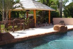 Gatemasters aluminum pool gate/fence