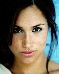 Around three months before Meghan Markle and Prince Harry met, she was dating celebrity chef Cory Vitiello. Prinz Harry Meghan Markle, Harry And Megan Markle, Meghan Markle Prince Harry, Prince Harry And Megan, Harry And Meghan, Lady Diana, Actrices Sexy, Royal Beauty, Princess Meghan