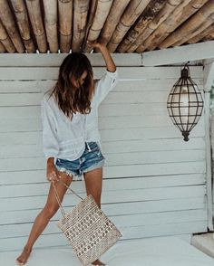 Cute Outfits To Wear This Spring - - 44 Spring Outfits - What To Wear With A Biker Jacket 2019 Plaid Fashion, Tomboy Fashion, Boho Fashion, Girl Fashion, Fashion Outfits, Rihanna Fashion, Style Fashion, Estilo Tomboy, Tomboy Stil