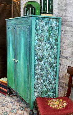 Boho Layered Painted Furniture Finish - Hey There Delyla! Turquoise Furniture, Funky Painted Furniture, Bohemian Furniture, Refurbished Furniture, Paint Furniture, Furniture Makeover, Antique Furniture, Home Furniture, Furniture Ideas
