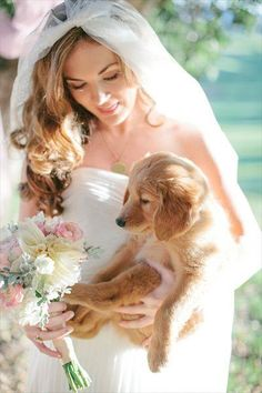 The bride and her puppy. I'd do have my dogs be part of my wedding Wedding Boudoir, Dog Wedding, Chic Wedding, Garden Wedding, Dream Wedding, Bridal Pictures, Wedding Photos, Pet Friendly Weddings, Wedding Bells