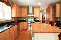 Linden Hills Farmhouse - traditional - kitchen - minneapolis - the gudhouse company