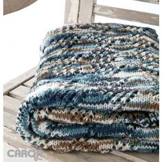 Free Beginner Blanket Knit Pattern >> @yarnspirations #knit #afghan