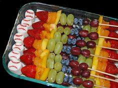 healthier after baseball game snack - fruit kabobs with a marshmallow baseball by Simply Sweets, can also switch to volleyballs or basketballs. Baseball Treats, Baseball Snacks, Sports Snacks, Team Snacks, Game Day Snacks, Baseball Games, Baseball Mom, Baseball Party, Baseball Birthday