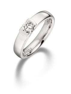 7 Best Engagement Rings Images On Pinterest Halo Rings Enagement