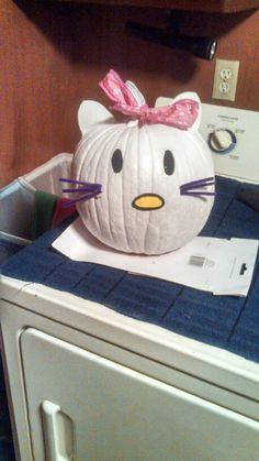 Hello kitty pumpkin decorating idea