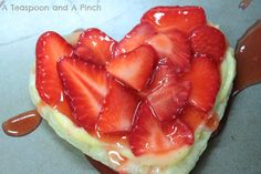 A Teaspoon and A Pinch: Strawberries and Cream Valentine Tarts