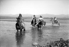 Ute horsemen crossing los Pinos river,1899