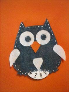 disco orario gufettoso Mamma, Crafts, Lantern, Fabrics, Manualidades, Handmade Crafts, Craft, Arts And Crafts, Artesanato
