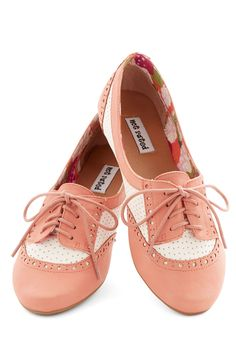 Flat in Coral | Mod Retro Vintage Flats