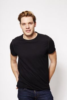 Session 04 - sds 007 - Starring Dominic Sherwood Photo Gallery - Part of DomSherwood.com