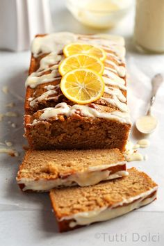 This simple and delicious Meyer lemon Earl Grey tea cake is welcome anytime of day! Drizzle the cake with Meyer lemon glaze and enjoy with a cup of tea. Tea Recipes, Baking Recipes, Cake Recipes, Dessert Recipes, Citrus Recipes, Irish Recipes, Earl Grey Cake, Earl Grey Tea, Earl Grey Cookies