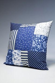 Kare Kissen Blue Flowers Patchwork 45x45cm - Blaue Stunde