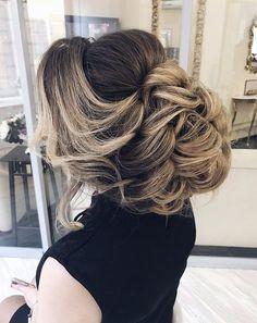 Wedding Hairstyles : Illustration Description Featured Hairstyle: Elstile; www.elstile.ru; Wedding hairstyle idea. -Read More – - #WeddingHairstyle https://adlmag.net/2017/10/31/wedding-hairstyles-featured-hairstyle-elstile-www-elstile-ru-wedding-hairstyle-idea-222/