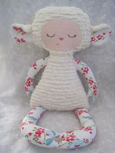 cute softie lamb. I think I could figure the pattern out on this one.