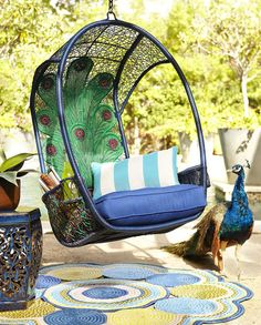 Our Peacock Swingasan® gives your patio a touch of the exotic