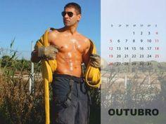 E se o SEXO pode ser o apagar de um fogo ardente, os Bombeiros Sapadores de Setúbal decidiram, quiçá, atear a chama ao despirem-se para o calendário de 2014.