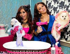 Just a few more days until #snookiandjwoww is back on!! Be sure to tune into @MTV on Thursday at 10pm!!!