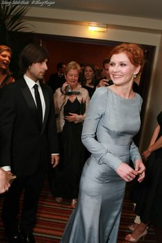 US actors Kirsten Dunst and Jason Schwartzman attend the 'Marie Antoinette' premiere at the Palais des Festivals during the 59th International Cannes Film.