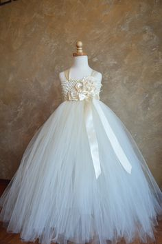 Flower girl dress? Customizable Bouquet of flowers tutu dress by TutuSweetBoutiqueINC, $55.00