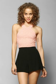 Tela Lace Cropped Top - Urban Outfitters
