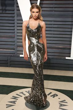 Stella Maxwell attends the Vanity Fair Oscars Afterparty 2017