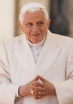 Pontiff on task of fostering vocations  Parishes and especially families play vital roles in providing guidance, he says    By OSV staff - OSV Newsweekly, 4/1/2012