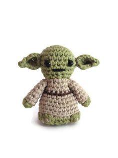 Yoda inspired amigurumi. Star Wars Softy. Star wars crochet plush