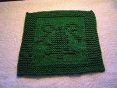 Knit dishcloth pattern - Christmas bell