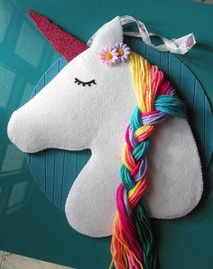 unicorno arcobaleno  arredo cameretta  porta mollette dei Bow Hair Clips, Hair Bows, Bow Clip, Unicorn Bedroom, Beautiful Unicorn, Unicorn Hair, Big Girl Rooms, Horns, Hair Beauty
