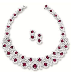 IMPRESSIVE RUBY AND DIAMOND NECKLACE AND PAIR OF MATCHING EARRINGS.