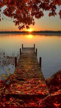 Crépuscule au bord de l'eau..