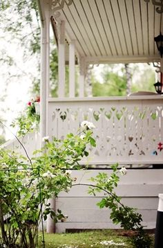 34 Adorably Quirky Cutout Ideas for Fences, Railings, and Stairs - How to Add Cute Curb Appeal Swedish Cottage, Swedish House, White Cottage, Rose Cottage, Cottage Style, Swedish Decor, Scandinavian Style, Farmhouse Style, Cottage Porch