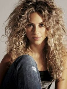 Miss Shakira, with her lovely hair.