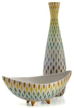 Fröhlich und elegant :) Aldo Londi for Bitossi Design [Raymor] Glass Ceramic, Ceramic Pottery, Pottery Art, Ceramic Art, Pottery Ideas, Mid Century Decor, Mid Century Art, Vintage Pottery, Handmade Pottery